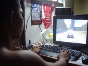 KetamSungai spies on the enemy base by using NFS:Undercover software..