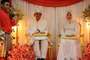 <i>The wed at bridegroom's side</i>
